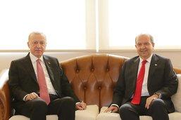 """Erdogan appelle à un dialogue sur la base de """"deux Etats séparés"""""""