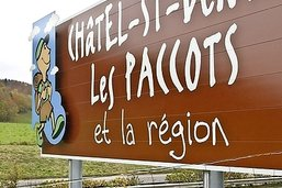 Les panneaux touristiques vont changer