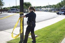 Un tireur en voiture fait un mort et douze blessés dans l'Arizona