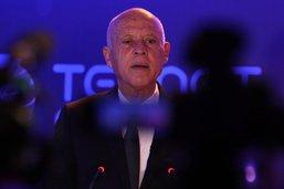Crise en Tunisie: le premier ministre prêt à céder le pouvoir