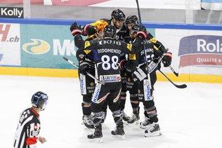 Gottéron mène 1-0 à Genève après un tiers